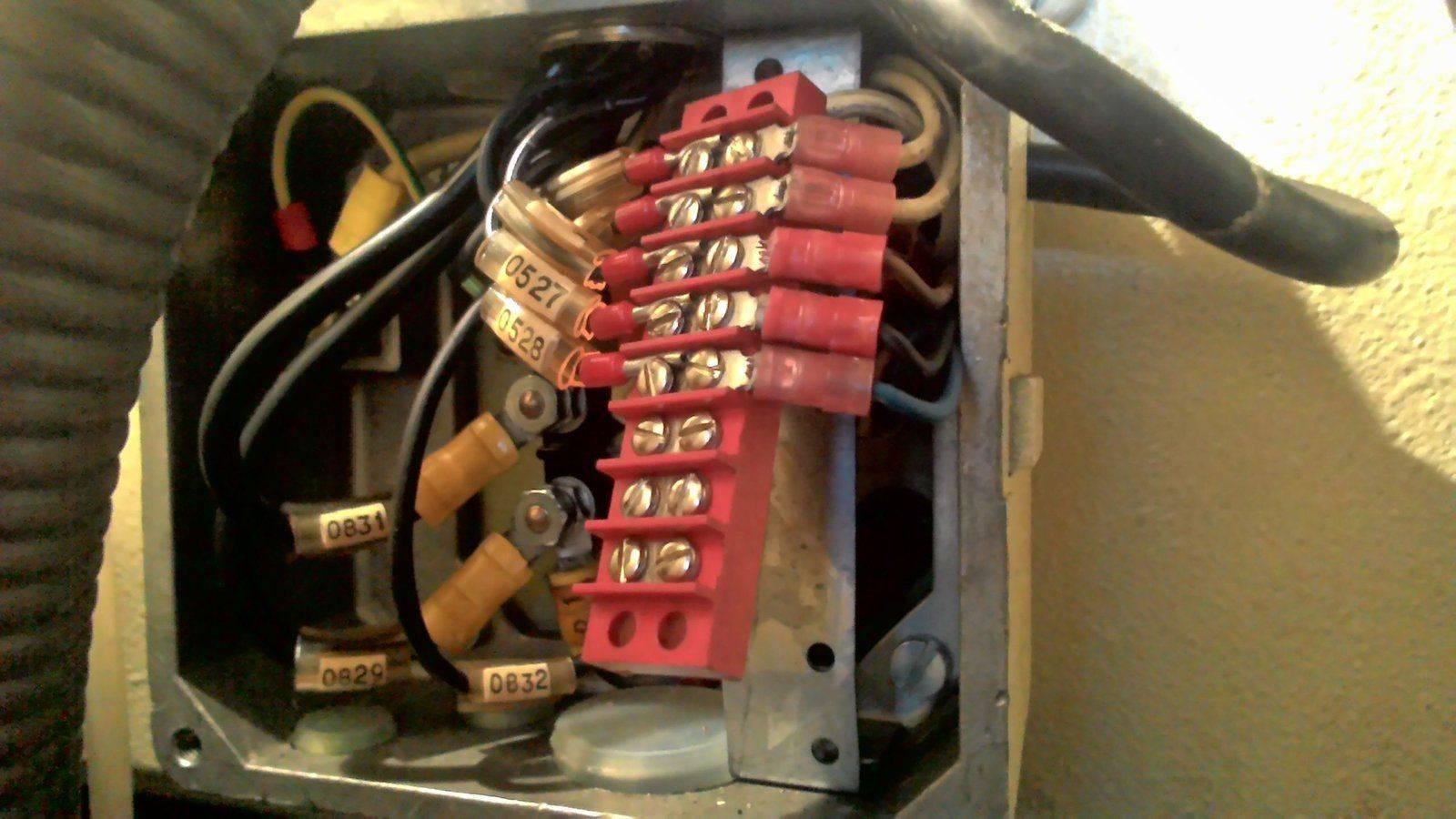 Moteur T 200 07 boitier electrique.jpg