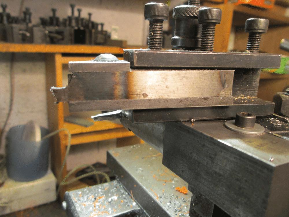 outils porte lame à tronçonner (3).png