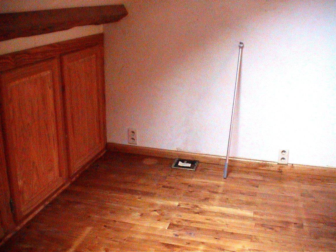 parquet et armoire.jpg