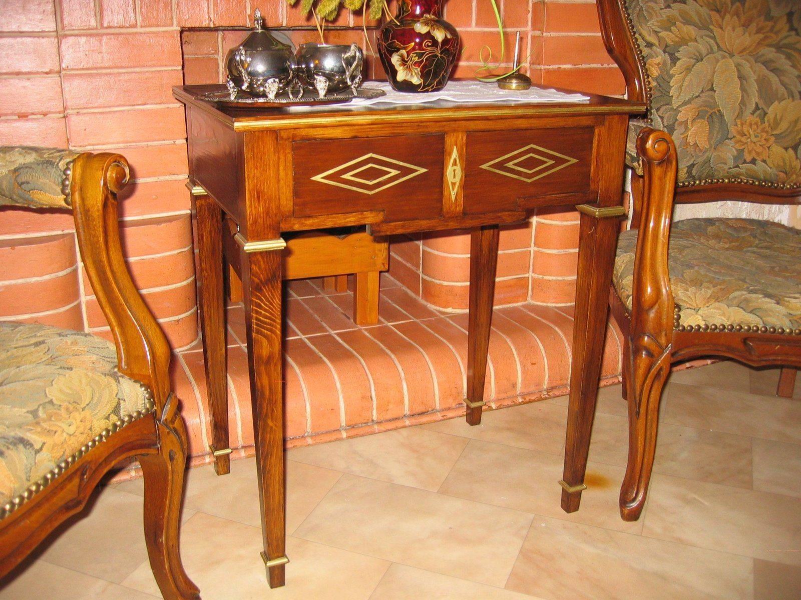 Petites tables 001.jpg