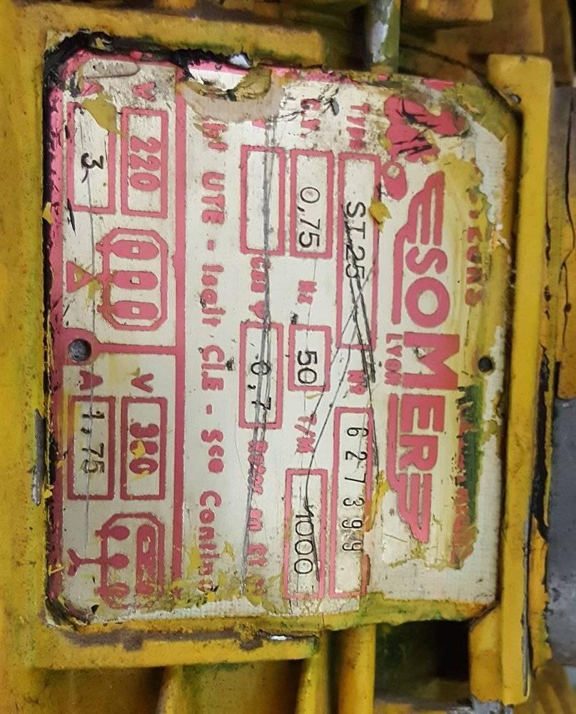 Plaque indicatrice moteur Sommer.jpg