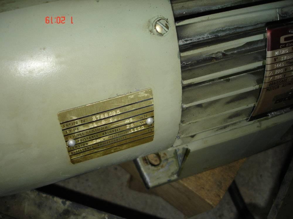 Plaque moteur.JPG