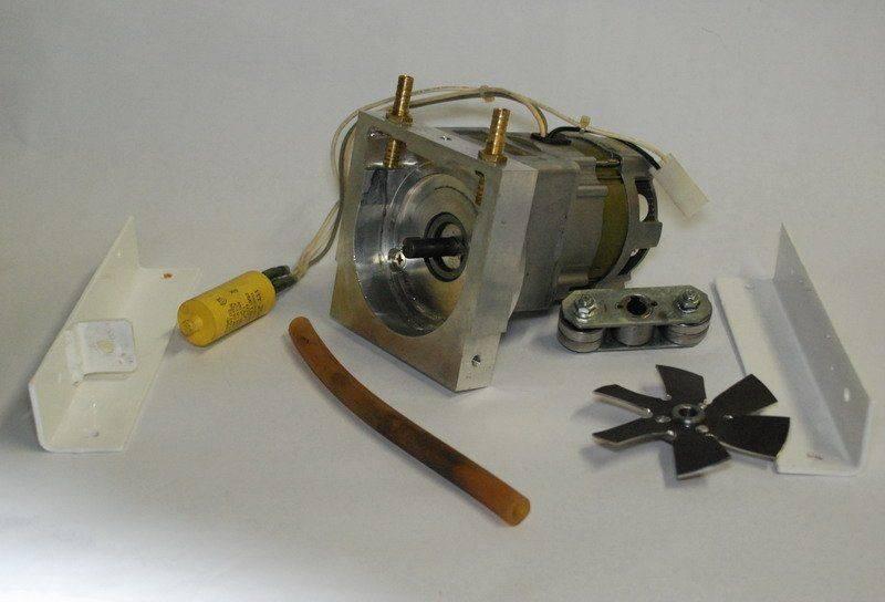 pompe péristaltique 02.JPG