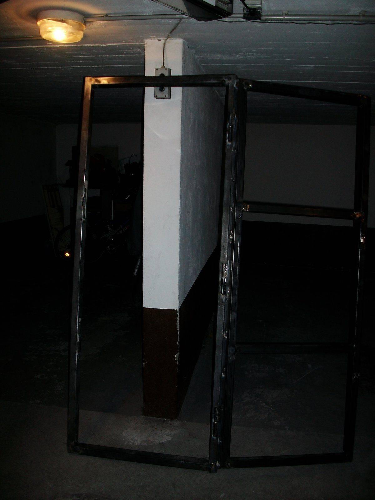 porte atelier 001.JPG
