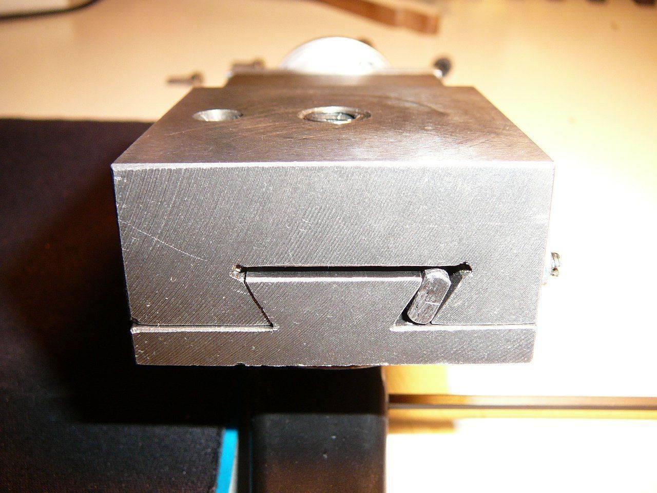 Porte outils 001.jpg