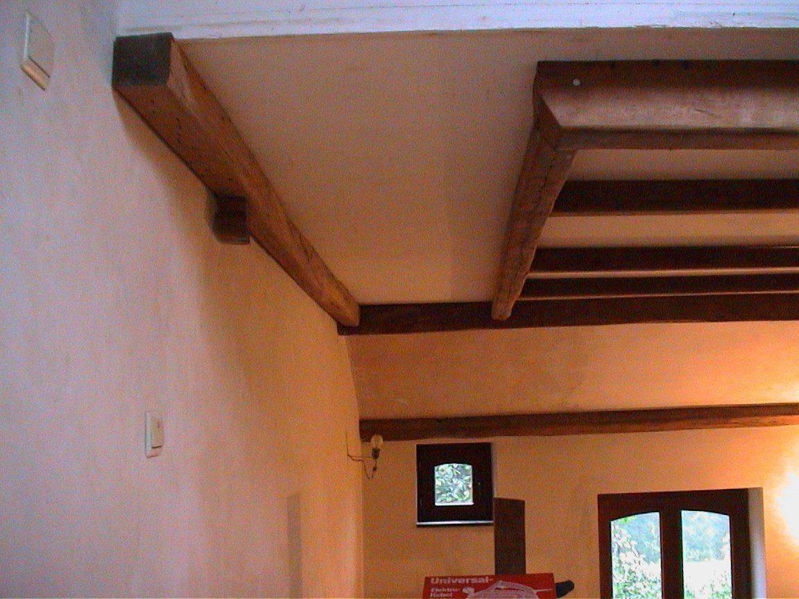 poutres en chêne au plafond.jpg