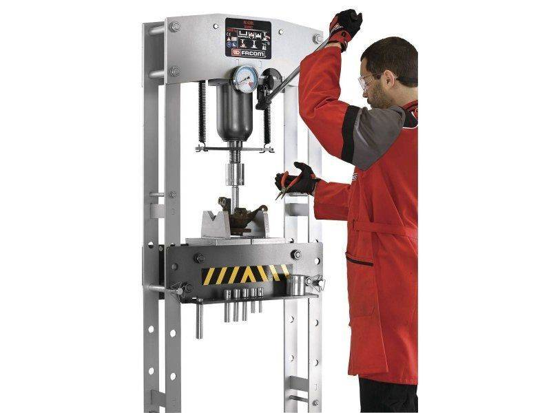 presse-hydraulique-30-tonnes-pl-facom-w430lpb.jpg