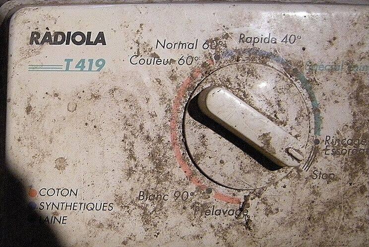 RADIOLA-moteur01.JPG