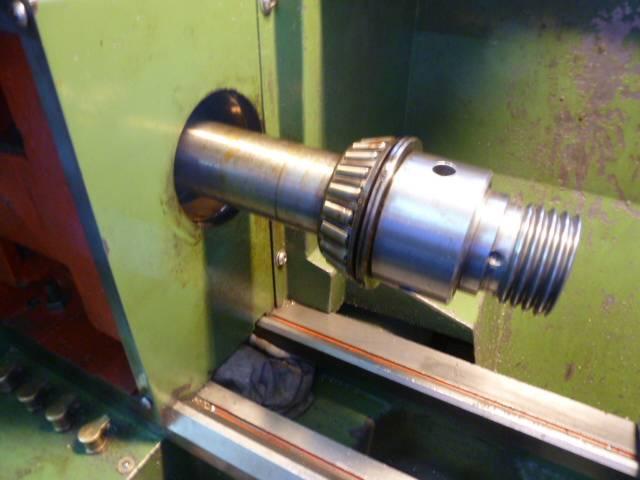 Remplacement des  roulements côniques  de broche 62x35x18mm 005.JPG