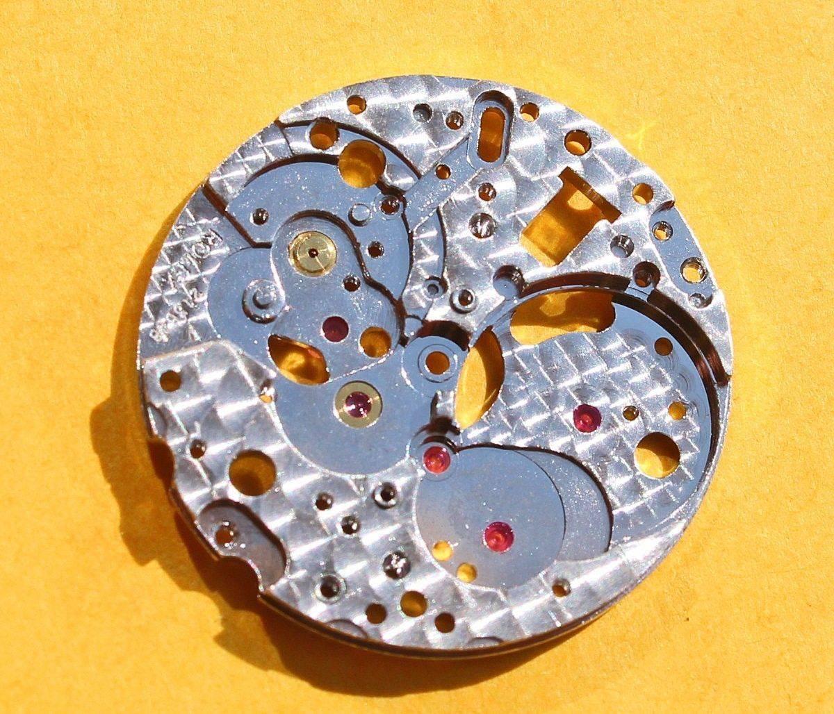 rolex-fourniture-horlogère-platine-calibre-dames-automatique.jpg