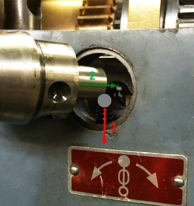 Schaublin 102 W20 mit Reduziergetriebe Detail IMG_1286.JPG
