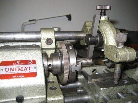 sl-Threading chuck side-tool.jpg