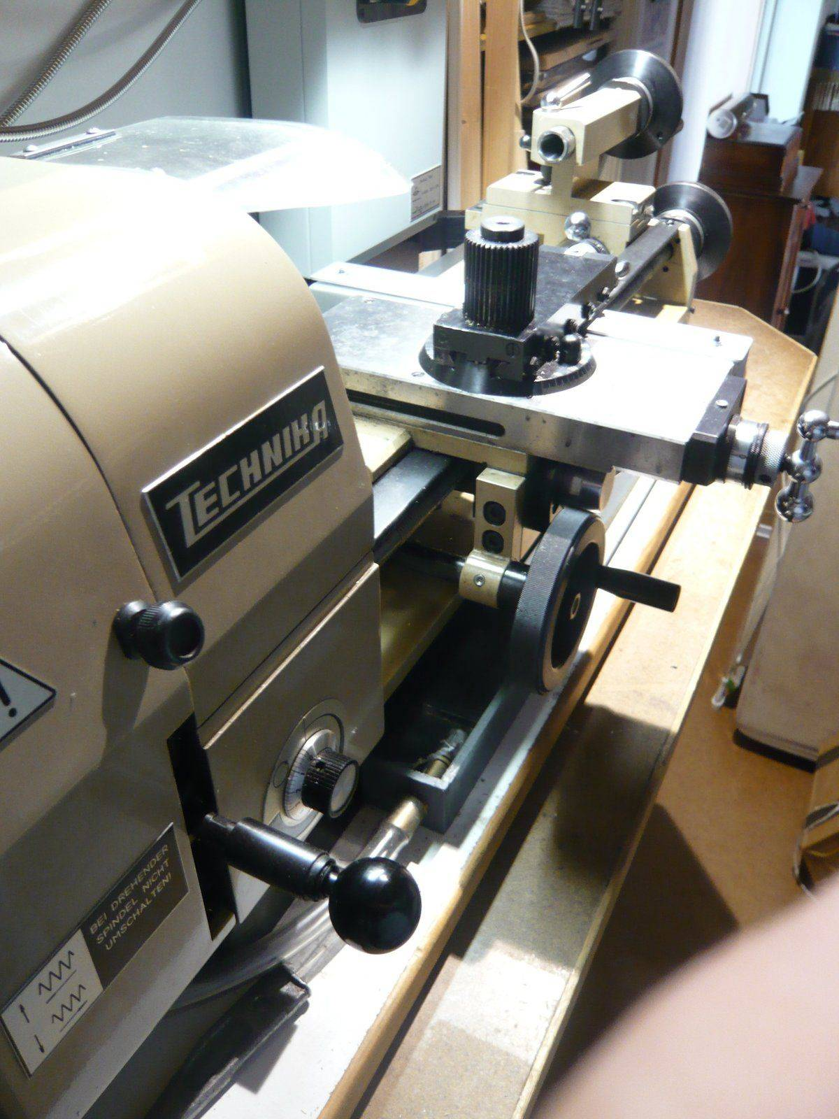 Technika lathe modified with DRO.JPG