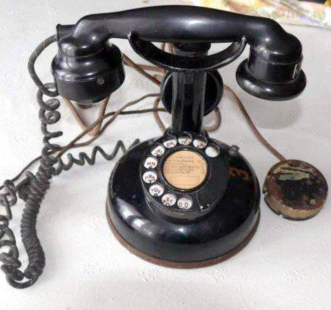 téléphone-U24-cad-red.jpg