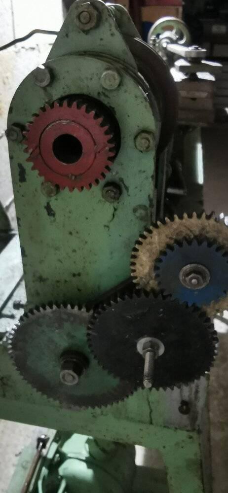 tour engrenages entrainement moteur.jpg
