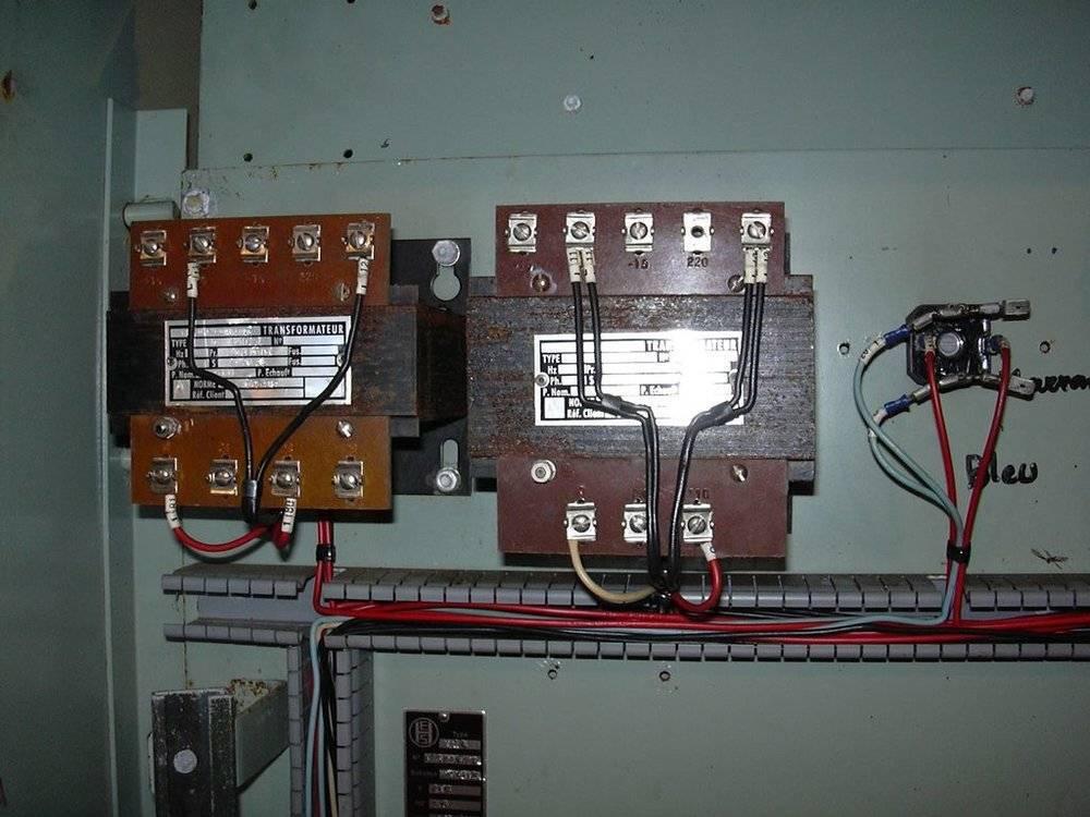 Transformateurs armoire.jpg