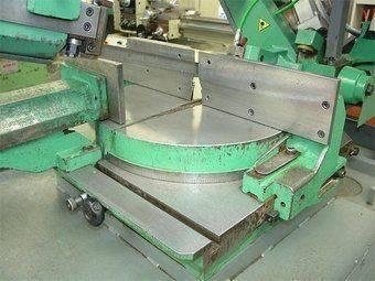 used-pedrazzoli-sn300-sa-1dr-semi-automatic-horizontal-bandsaw-p10629169_3.jpg