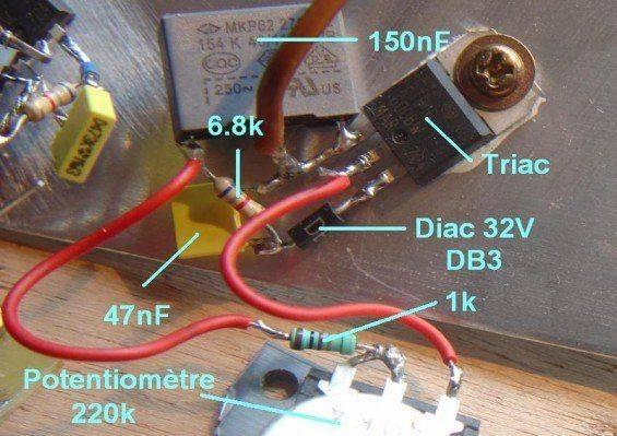 variateur-de-vitesse-pour-moteur-secteur-230v-16a-1.jpg