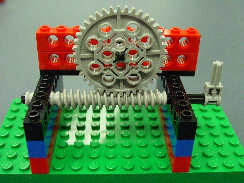 vis_sans_fin_LEGO.jpg