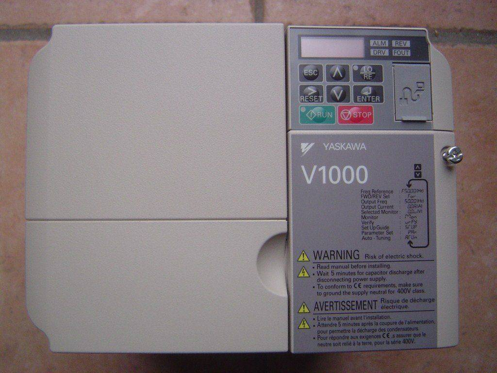 Yaskawa_V1000_4KW 002.JPG