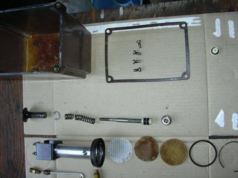 Z1C - Centrale de lubrification automatique - Eclate3.jpg