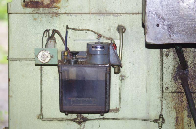 Z1C - Centrale de lubrification automatique.jpg