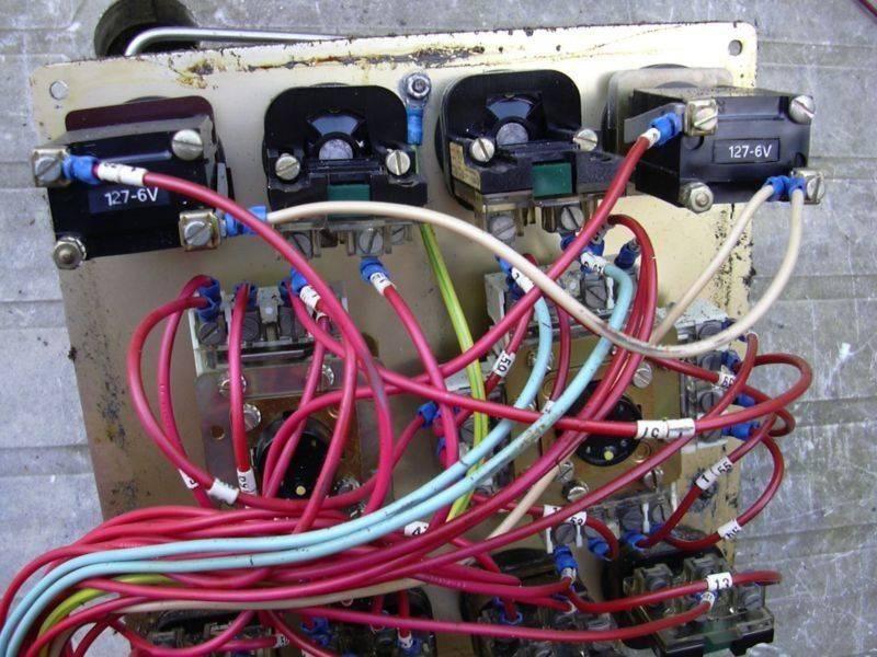 Z1C cycle cubique - Pupitre operateur (derrière 1).jpg