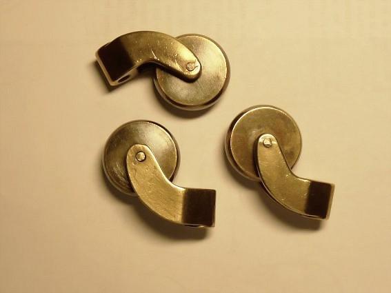 Comment identifier les alliages de bronze et de laiton ?  Page 2  Usinages -> Roulettes Industrielles Anciennes