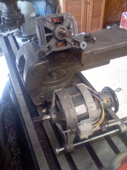 Aménagement d'un dispositif d'affûtage sur la fraiseuse... T_image156_677